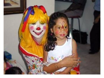 Hire girl birthday party clowns in Fort Worth